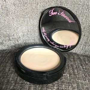 Too Faced Foundation Powder with SPF 15